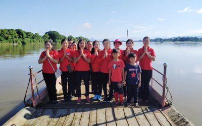 2019年11月 緬甸 密支那 佛友們眾善奉行共同放生,一起共修白話佛法