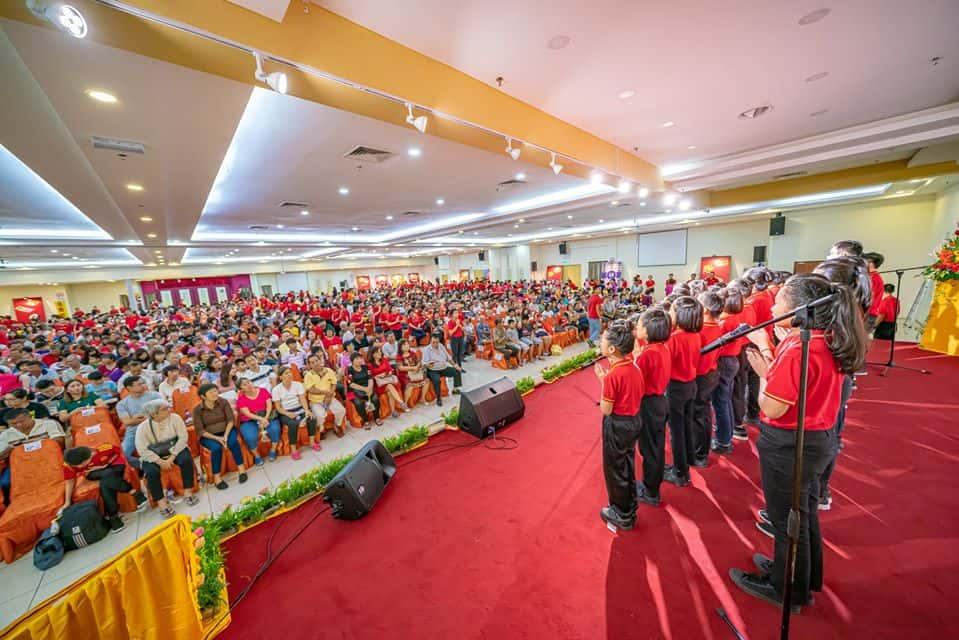 馬來西亞盧台長心靈法門共修會在馬口舉辦的各國素食品嚐會,全場爆滿!
